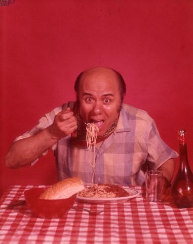 リバウンドで大食いしている人