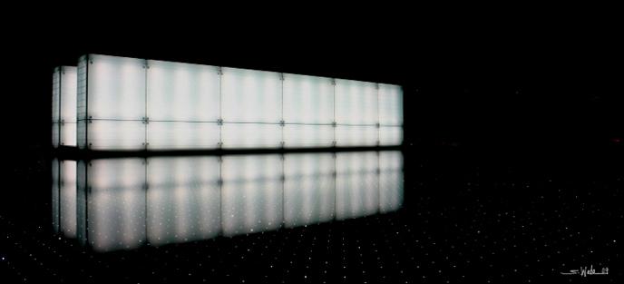 谷崎の陰影礼賛に示された暗い光を放つ照明器具