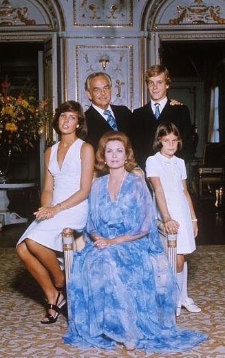 モナコ皇室のステファニー王女