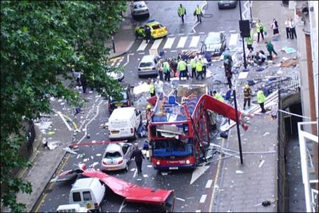 ロンドンでのテロ事件の様子