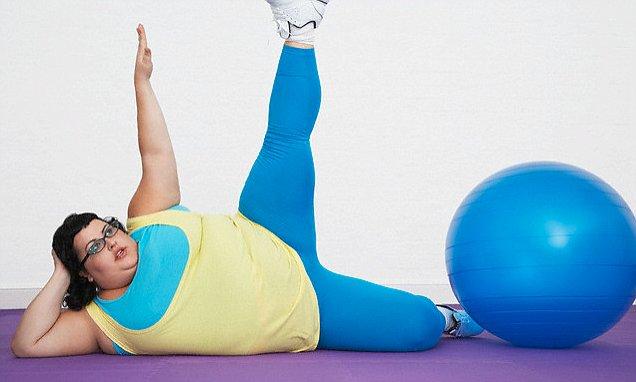 運動する太った女性