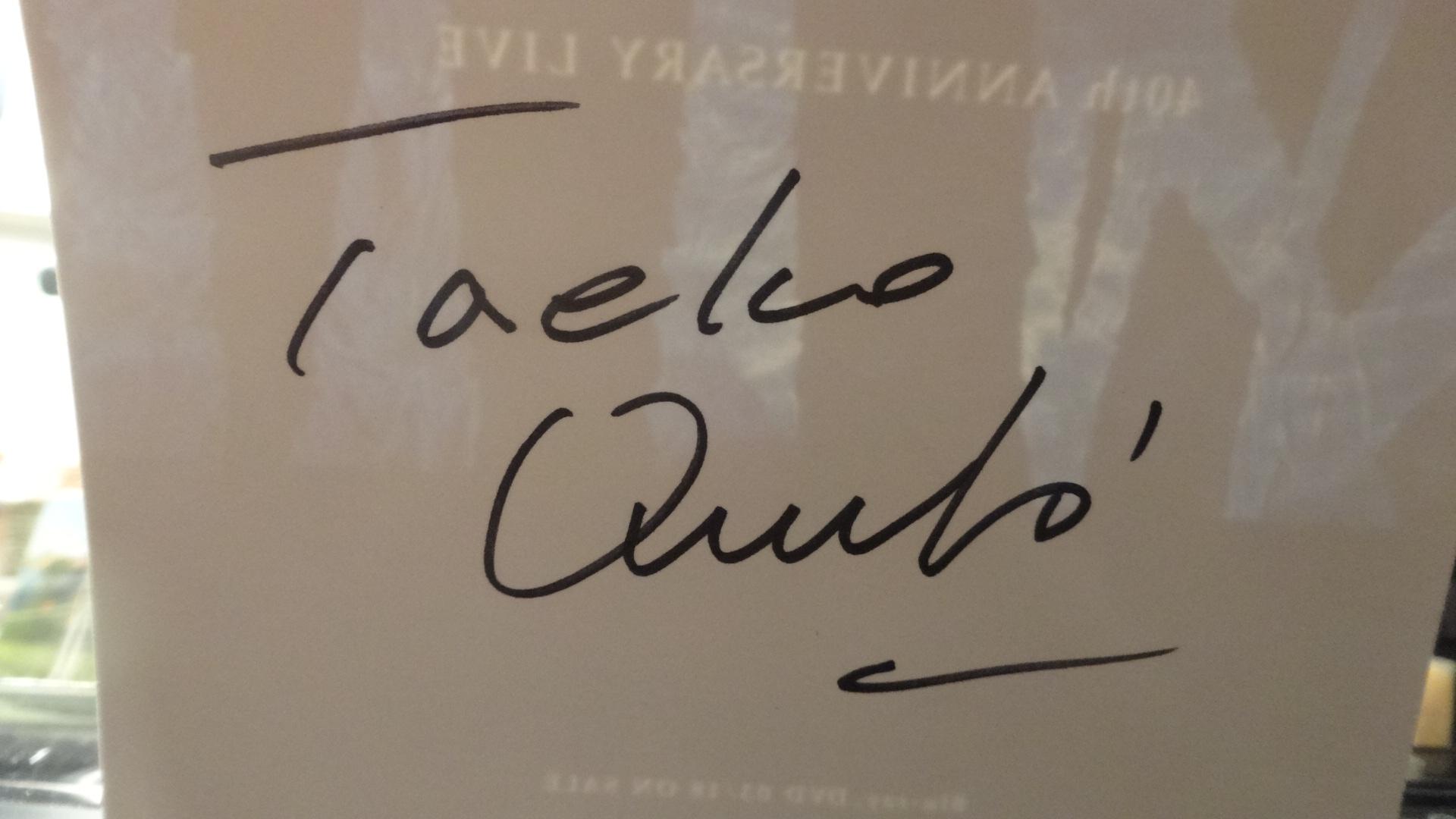 直筆サインカードつきの40周年記念ブルーレイ