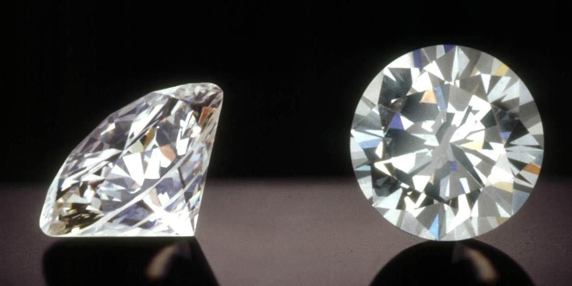 ブリリアンカットのダイヤ