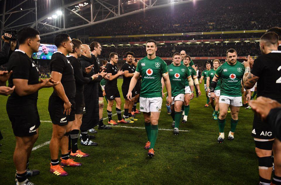 充実した表情で引き上げるアイルランド選手