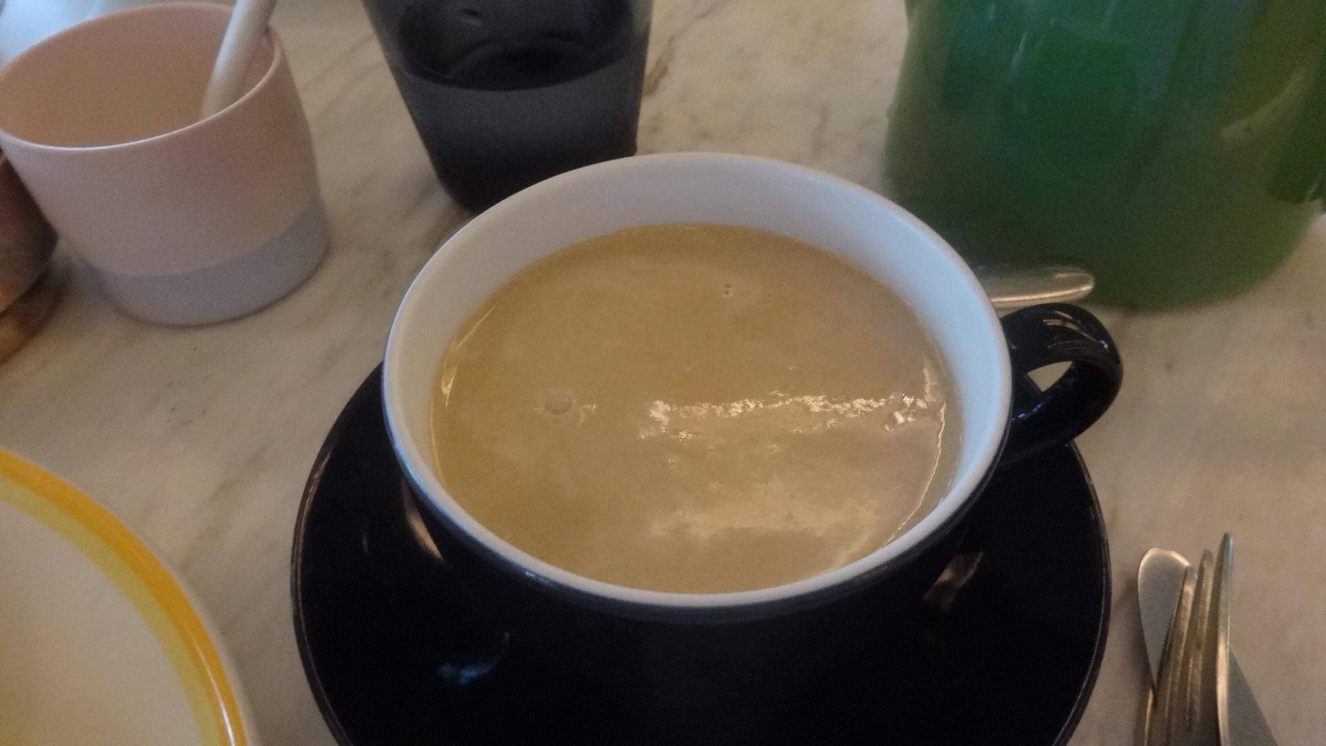 自家製アーモンドミルクチャイティー