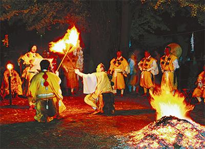 原始宗教の儀式の様子