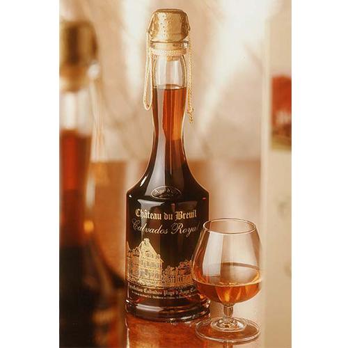 カルバドスのボトルの写真