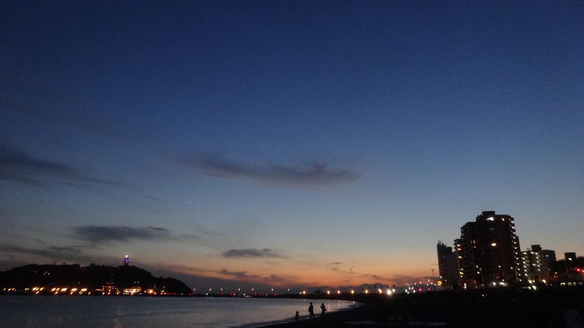 夕日が沈む江の島の風景2