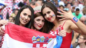 クロアチアの美女サポーターの写真