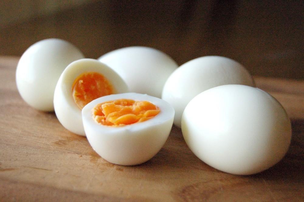 ゆで卵の写真