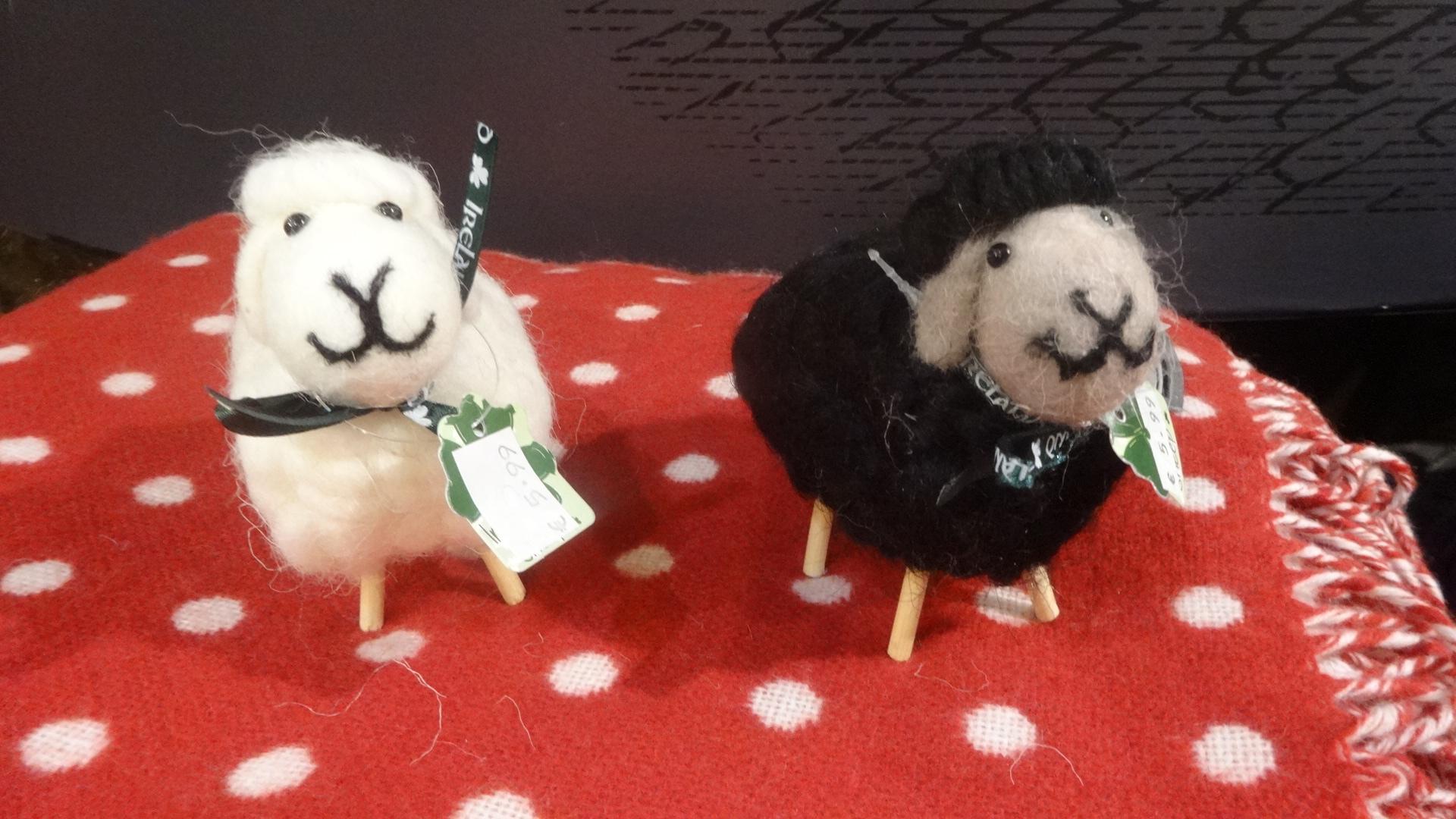 羊さんの人形