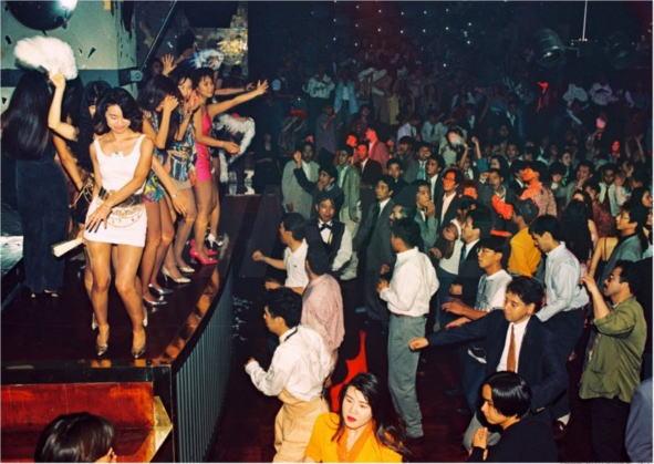 バブルの頃のパーティーの様子