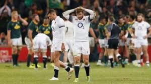 負けて意気消沈のイングランドの選手