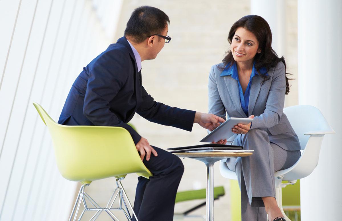 男性と上手に交渉する女性