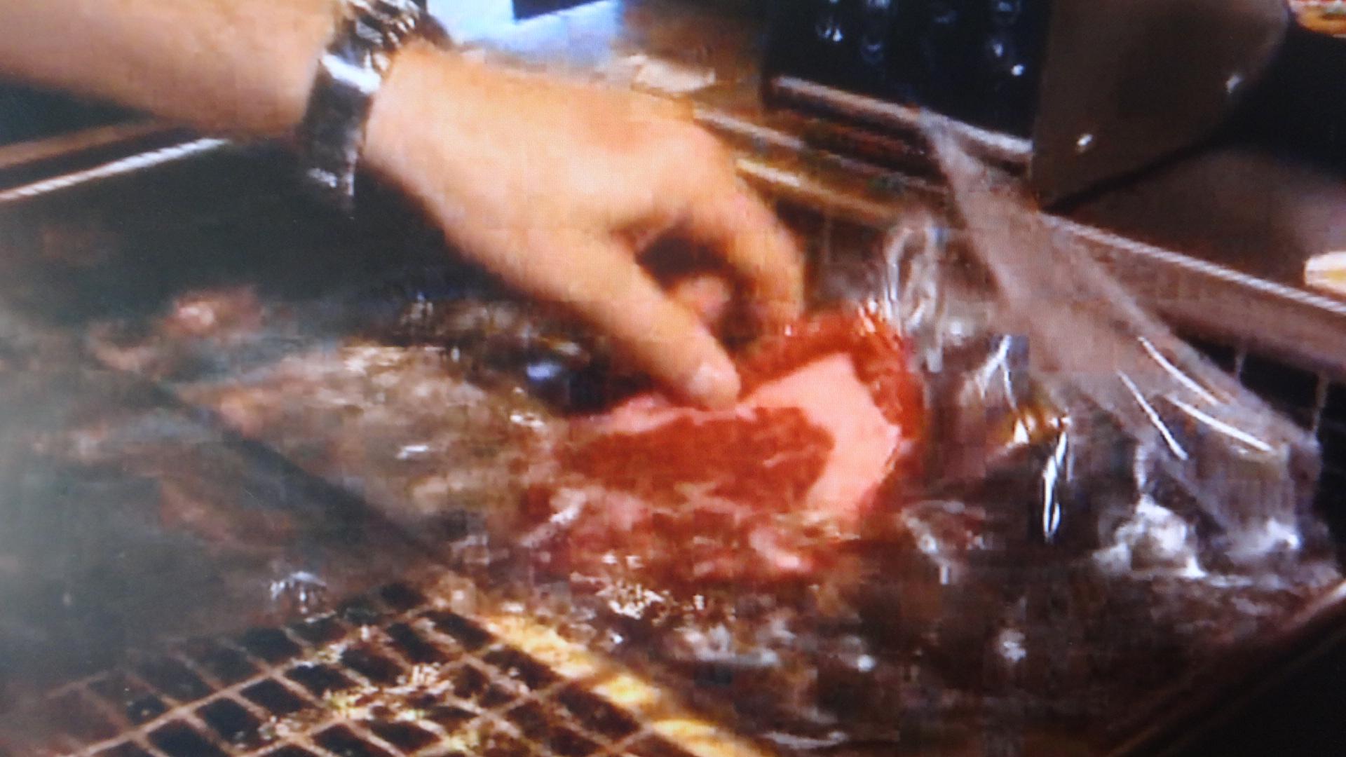ゆでられる肉