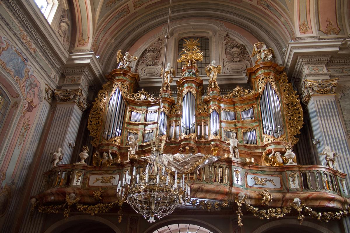 教会のパイプオルガン