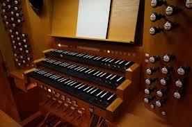 パイプオルガンの演奏台