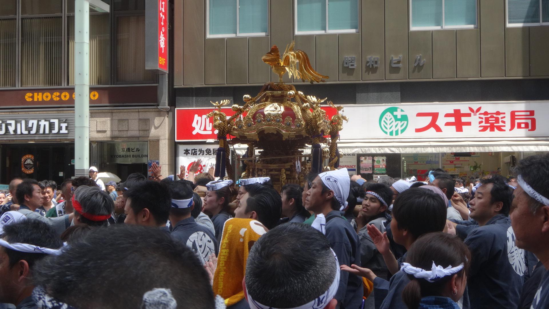八丁堀の神輿