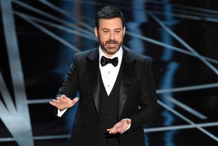 アメリカのアカデミー賞授賞式で司会をする芸人さん
