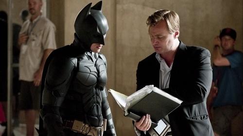 バットマンで演技指導するクリストファー・ノーラン