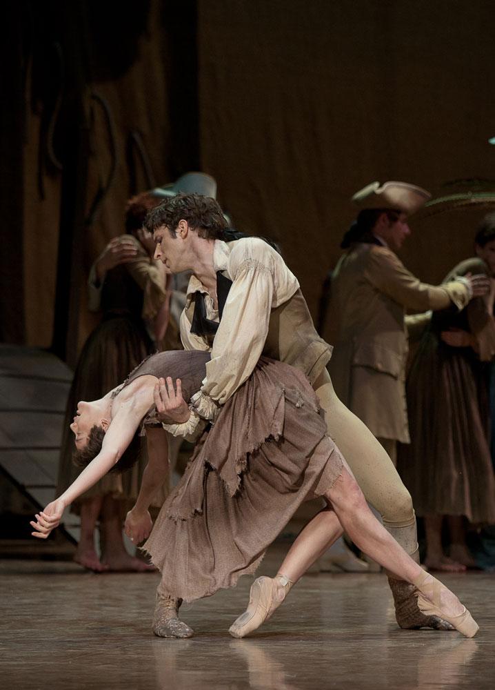 バレエのマノン・レスコーのシーン