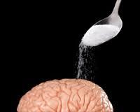 脳に砂糖をかけている写真
