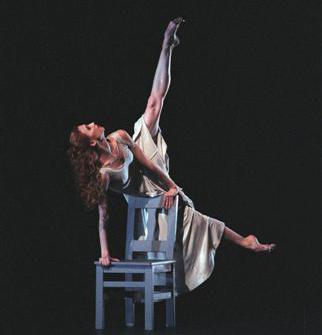 踊るザハーロワさん