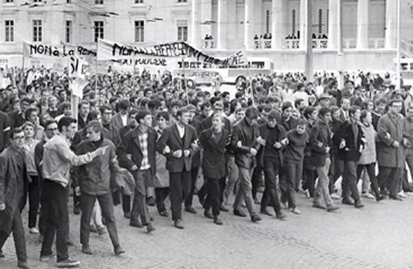 1968年の5月革命の様子