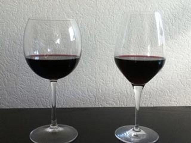 ボルドーグラスとブルゴーニュグラス