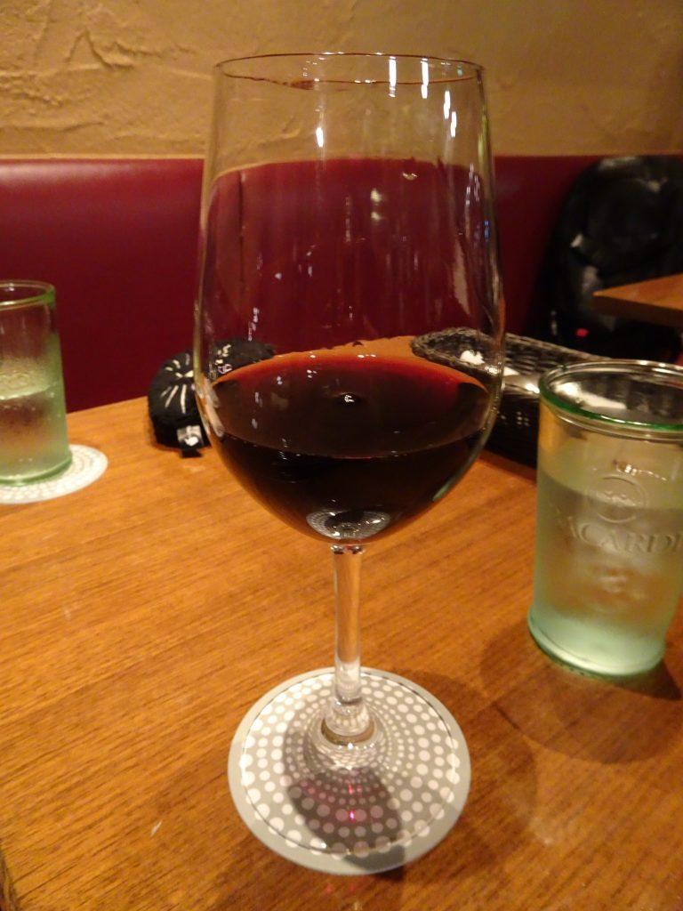 シチリア産の赤ワイン