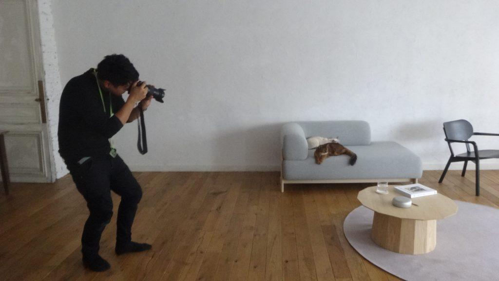 撮影するカメラマンさん
