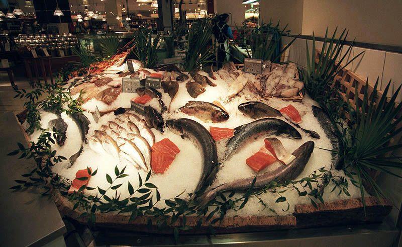 マルシェの魚屋さんのデイスプレイ