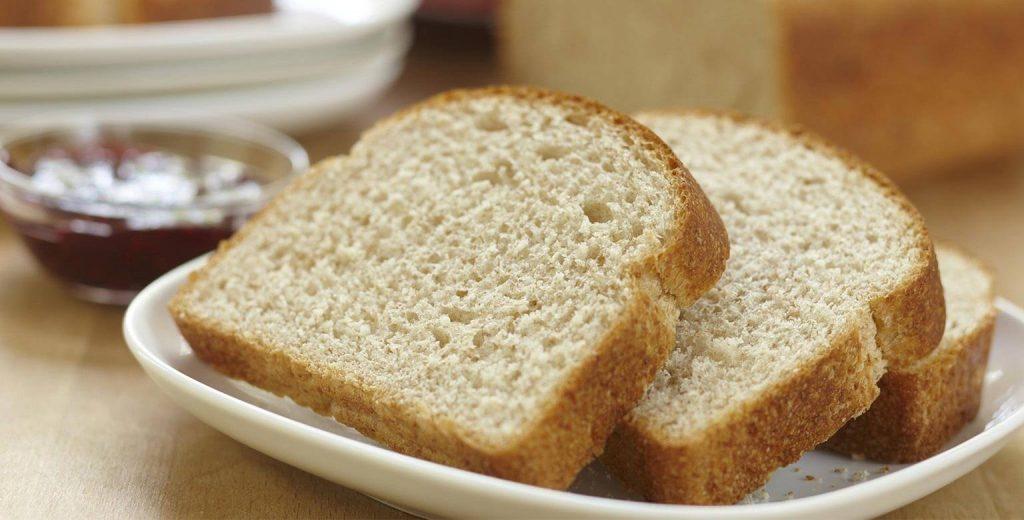 白い小麦パンの写真