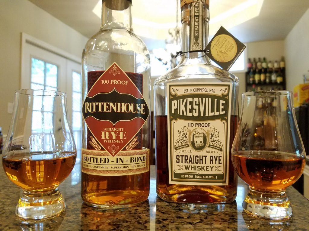 ライ・ウイスキーのボトルの写真