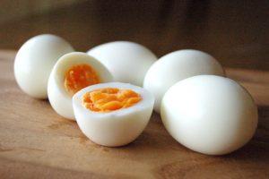 卵は間食に適していることを示す写真