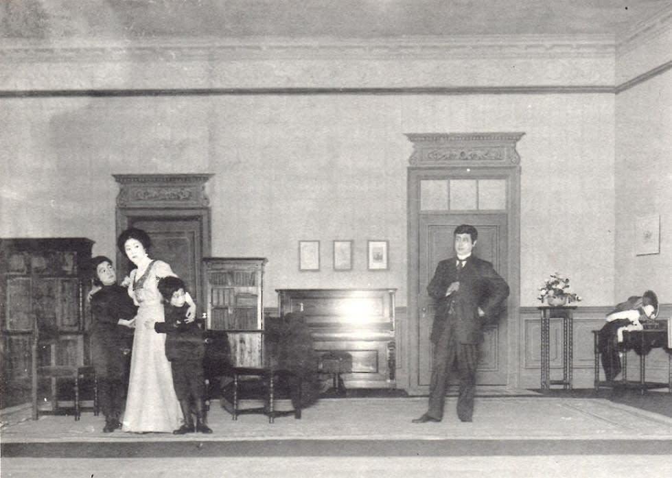 松井須磨子さんの舞台の写真