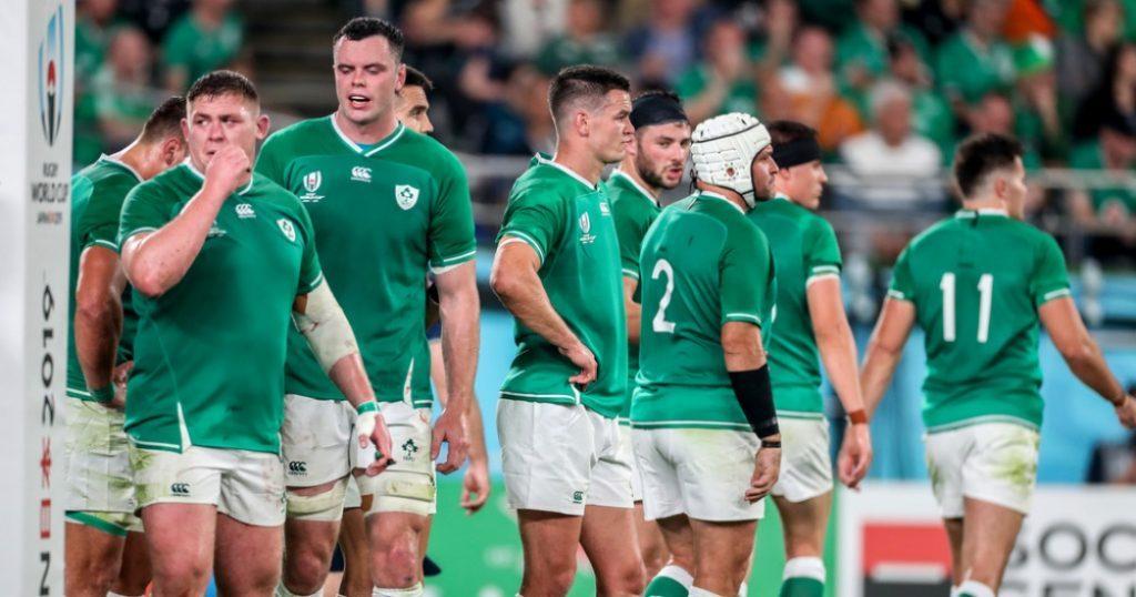 呆然自失のアイルランドの選手たち