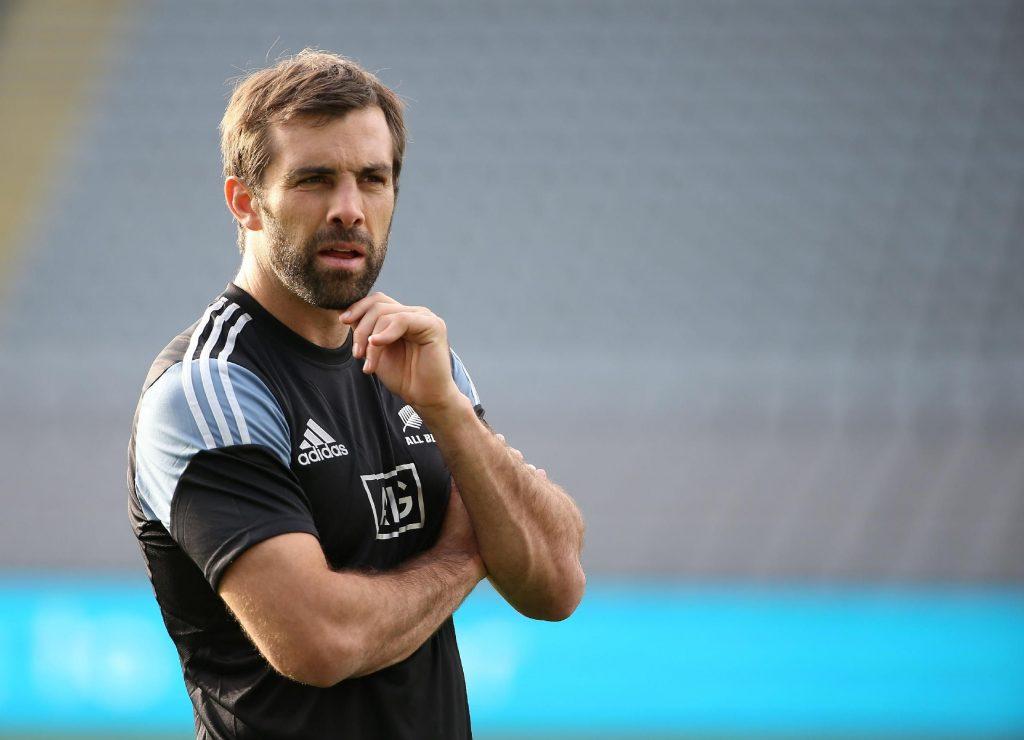 フランスでチームを指導するスミス