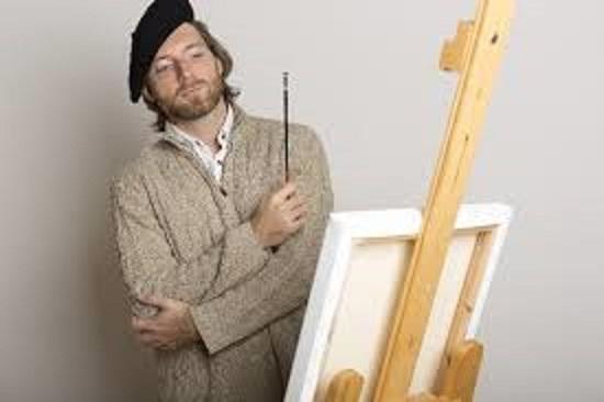 自分の作品を客観的に見る芸術家