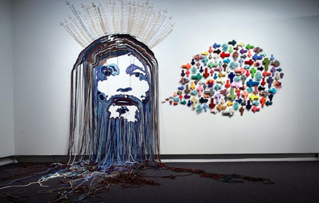 現代アートの神としての可能性を示すポスター