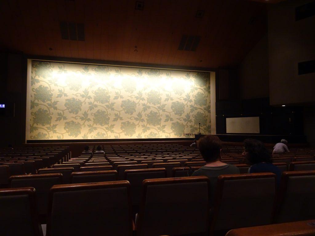 小劇場の内部の様子