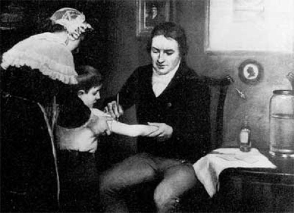 種痘を接種するジェンナー
