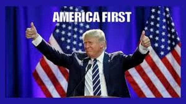 演説するトランプ大統領