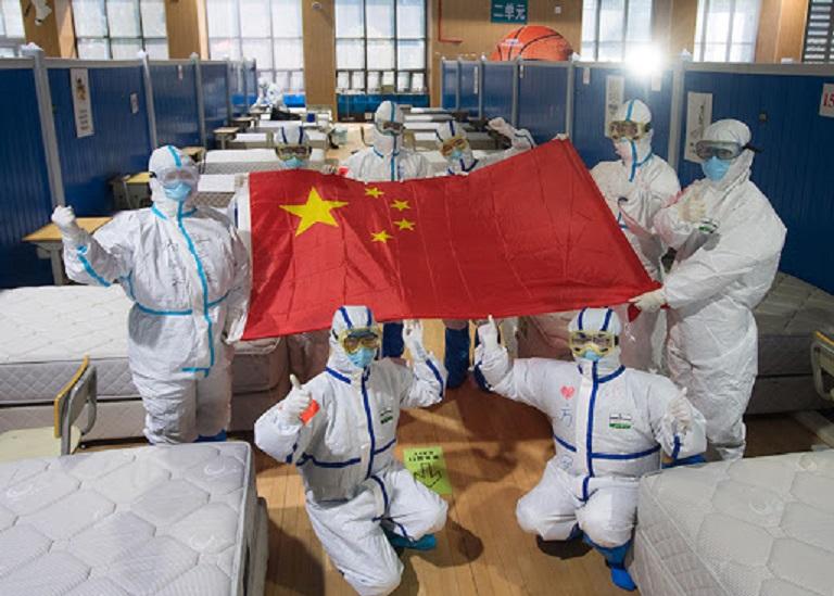 マスク外交する中国人の様子