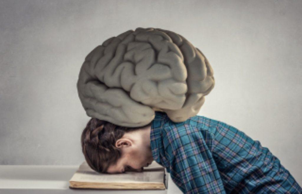 疲れている脳のイラスト