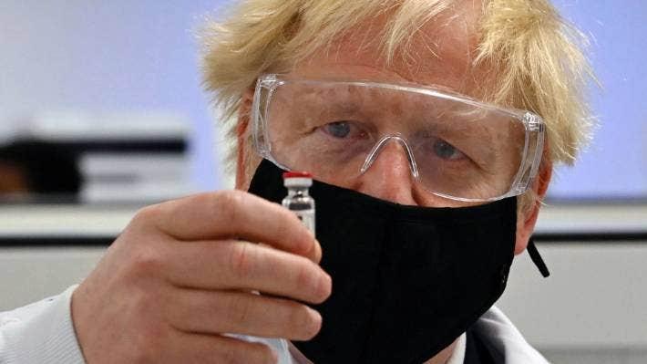 イギリス政府に要求された緊急使用承認審査願い
