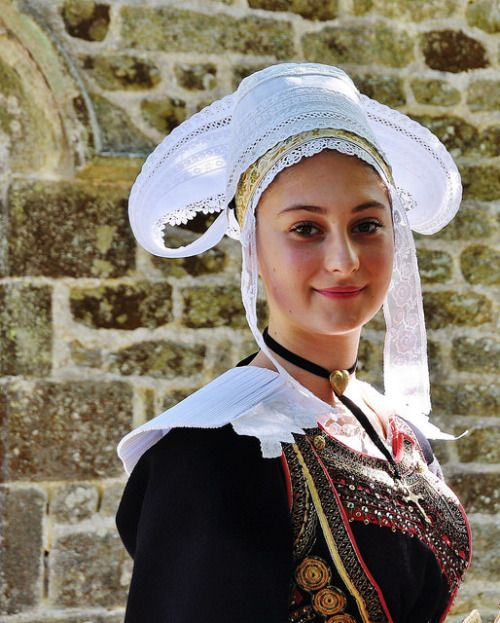 ブルターニュ地方の民族衣装