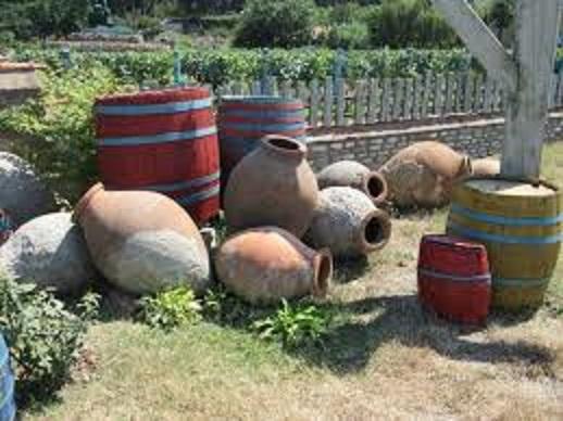ワインを貯蔵する樽