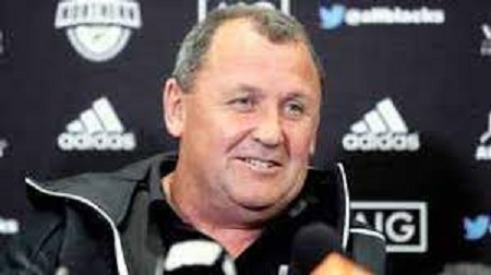 オールブラックスのヘッドコーチのフォスターさん