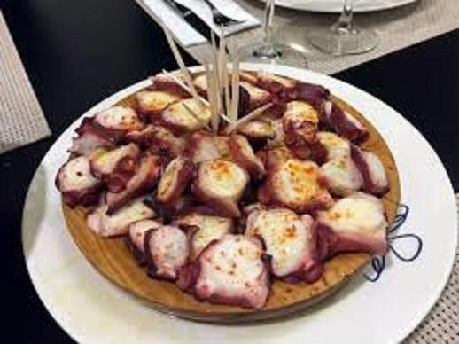 ガリシア地方名産のタコ料理